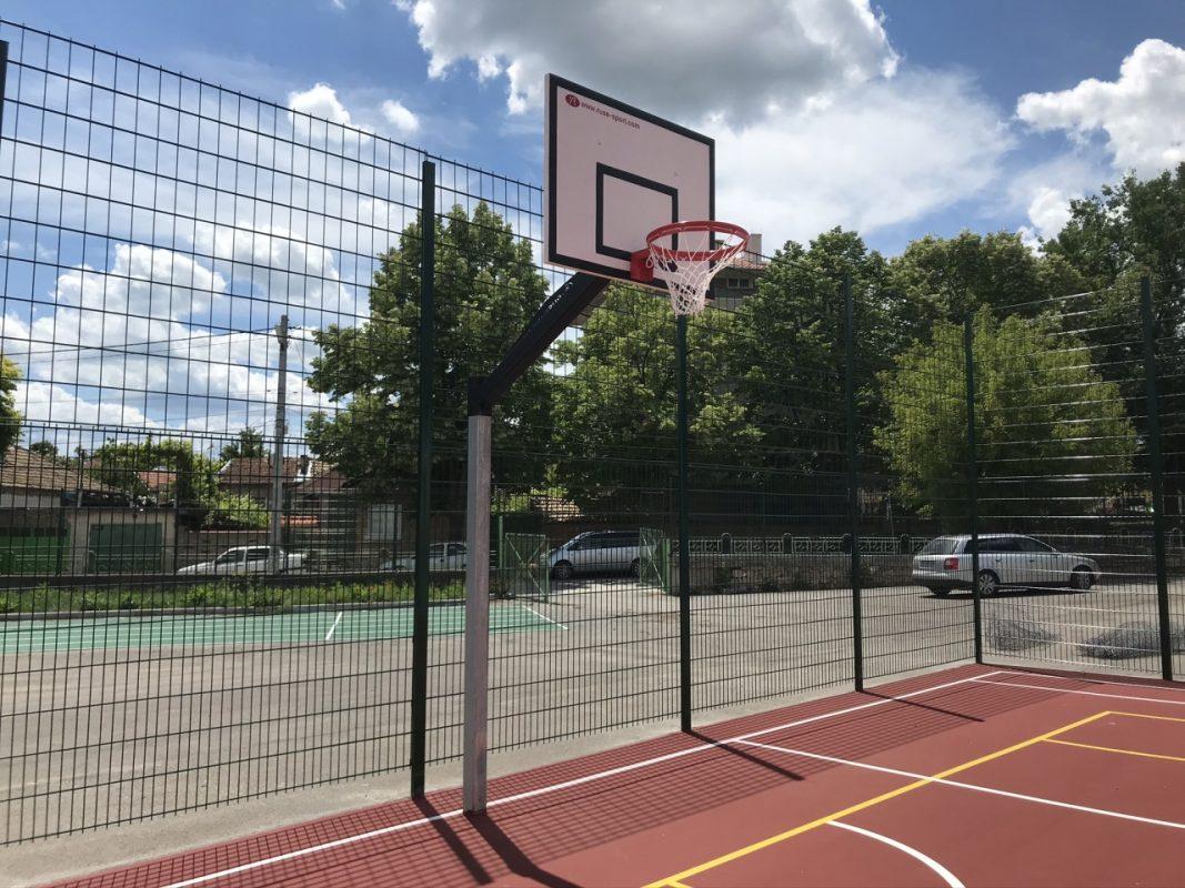 баскетболна стойка