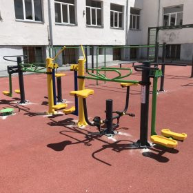 combined outdoor workout 7 in 1
